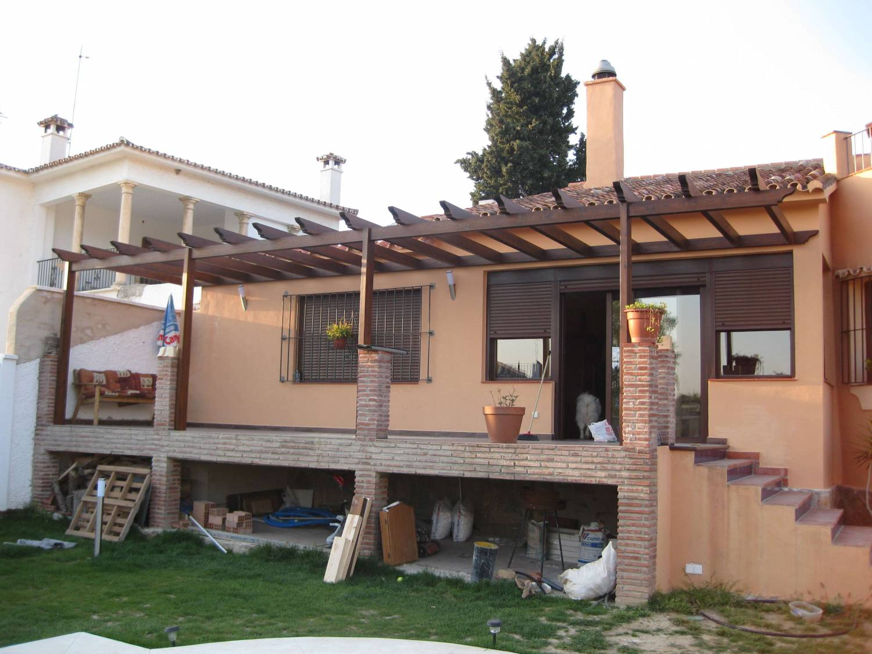 Pergolas p rgolas de madera para terrazas - Postes de madera para pergolas ...